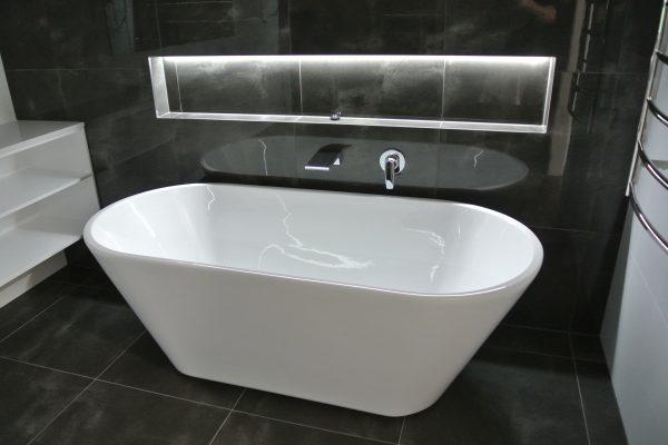 parren homes property development bath tub